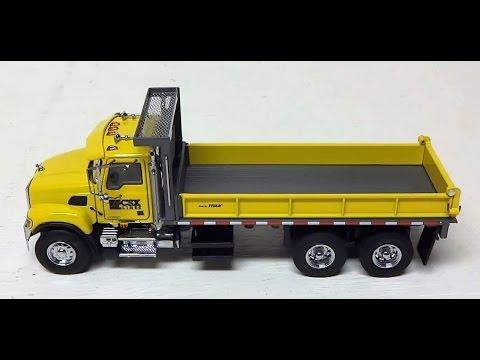 1 50 Sword Mack Granite Contractor Dump Truck Csx Youtube