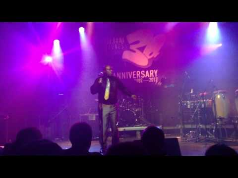 LEROY  BURGESS  -LIVE-  I KNOW YOU WILL  @CORONET  17 11 12