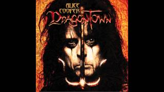 Watch Alice Cooper Triggerman video