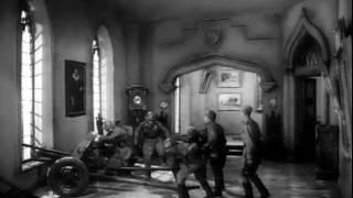 """""""На дорогах войны"""", эпизод в Музее Бодэ."""