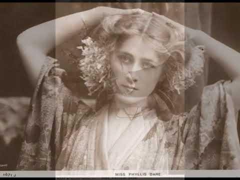 женщины 19 века..