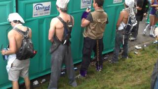 Repeat youtube video Public Micturition (or Pissing) at the 2010 Bay to Breakers