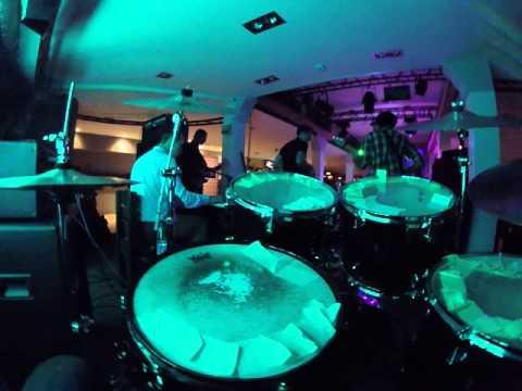 Genetic Groove live