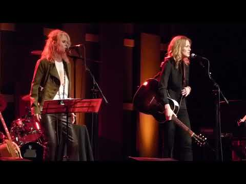 Shelby Lynne & Allison Moorer - Lithium (Nirvana cover), World Cafe Live, Phila, 8/25/2017