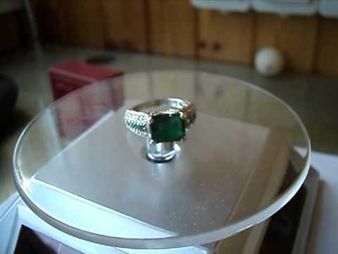 Перстень с изумрудом 3.32 карата