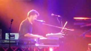 solamente tu ( pablo alboran  se emociona) en el Palau sant jordi 12/10/2013