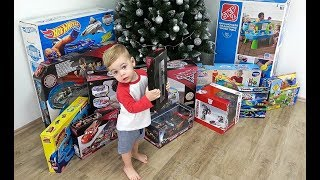 Christmas Morning 2017 Opening Presents and Surprise Toys with Deni FunTV