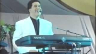 Cheb Yazid en concert intégral le 8 mars à la salle Harcha à (Alger)