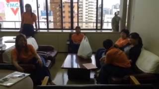 四日市市消防団が誇る女性分団サルビア分団のワークショップ練習風景で...