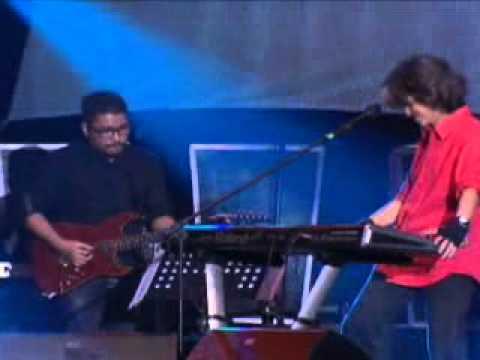 Fariz RM berSOLO keyboard