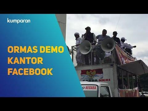 Ormas Demo Kantor Facebook di Kawasan Gatot Subroto