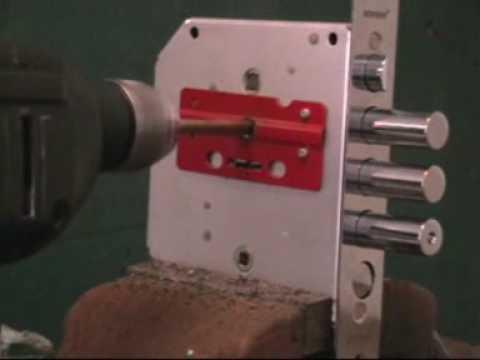 Высверливание BORDER Взлом замка BORDER, методом высверливания - 2.   Взлом замка BORDER, методом высверливания - 2.