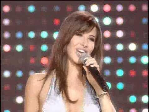Nancy Ajram - El Donia Helwa (Live performace) نانسي عجرم - الدنيا حلوة