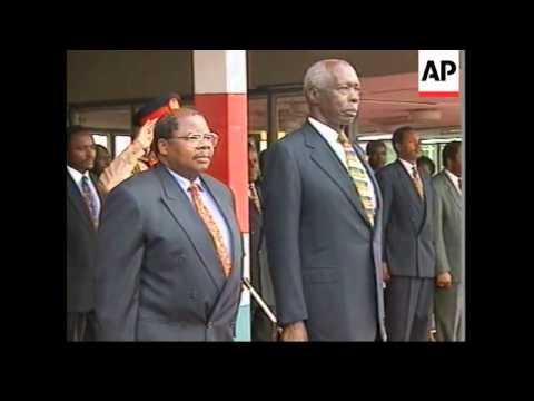 KENYA: NAIROBI: PRESIDENT DANIEL ARAP MOI SWORN IN UPDATE