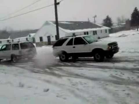 Ford Explorer Vs Chevy Blazer Youtube