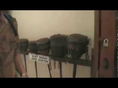 Ruang Pusaka Benda Kuno Keraton Kasepuhan