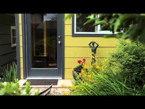 Modern-Shed Portland home office