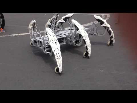 Maker fair - Skating spider robot