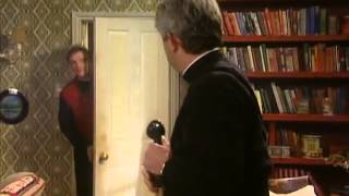 Father Ted - T.1 Episodio 01 (1ª Part.) - Good Luck, Father Ted Subtitulado Español