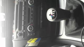 BMW 1 Series E87 Heater Fascia Control Panel Removal