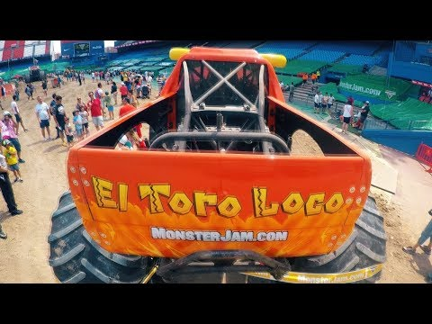 Pit Party +Show =  Monster Jam Madrid 2017 HW EXPRESS