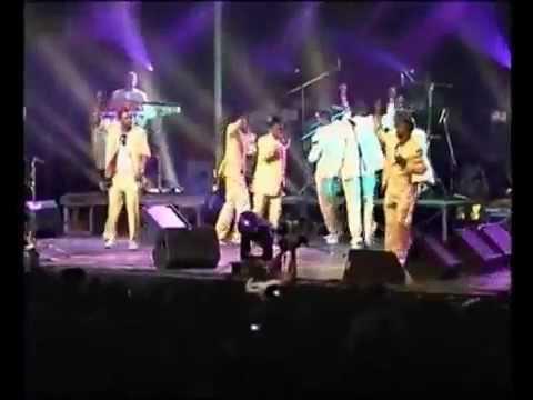 koffi olomide live loi at zenith paris boys and girls dancers best concert  2011 patience,markation