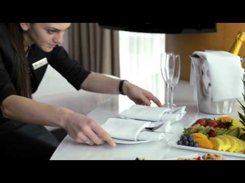 Hilton Worldwide Recognition Training Video