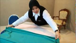 Step How To Changing Table Cloth..