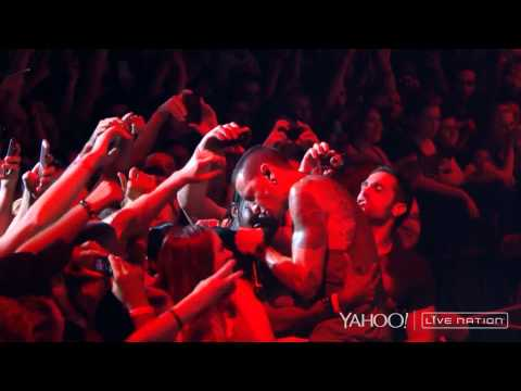 Linkin Park - Bleed It Out (Camden, Carnivores Tour 2014) HD