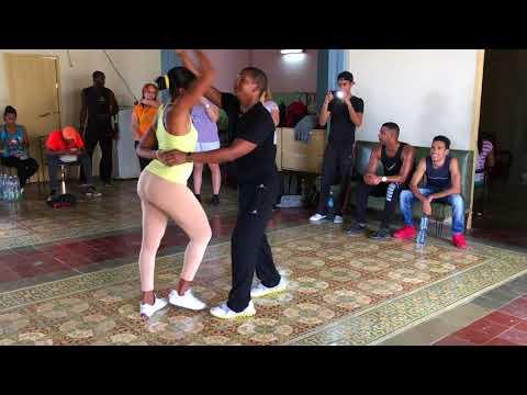 Conexión Tanzreisen nach Santiago de Cuba