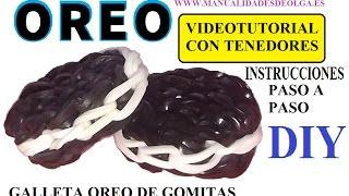 Repeat youtube video COMO HACER UNA GALLETA OREO DE GOMITAS CON DOS TENEDORES. VIDEO TUTORIAL SIN TELAR