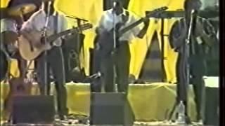 Izaho tsy maintsy mihira Mahaleo LSNT Mahamasina 1994