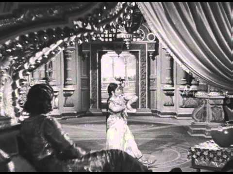 Vedhala Ulagam - Senthazhavum Vennilavae Song