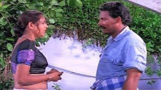 നിന്നെ ഇങ്ങനെ കാണുമ്പോൾ എന്തൊക്കെയോ  തോന്നണുണ്ട് | Movie Chenchayam scene | Double Traffic