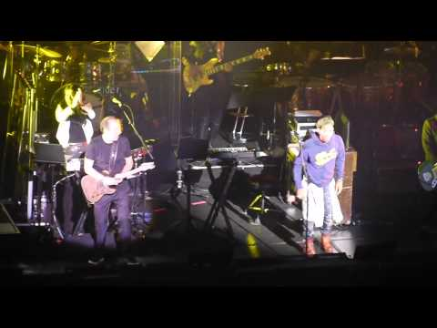 Hans Zimmer and Pharell Williams Performing Happy at the Apollo Theatre Hammersmith