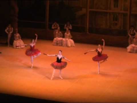 Eight Bolshoi Stars perform Don Quixote Variations & Coda Together!