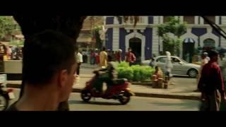 Matt Damon Running In The Bourne Supremacy