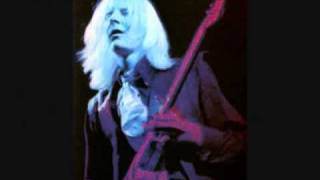 Watch Johnny Winter Stray Cat Blues video