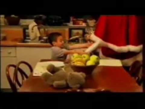 Babbo Natale 4 Salti In Padella.Pubblicita Natale 4 Salti In Padella Di Dario Bandiera In Siciliano