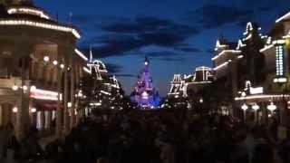 Main Street, U.S.A. at twilight - Disneyland Paris HD