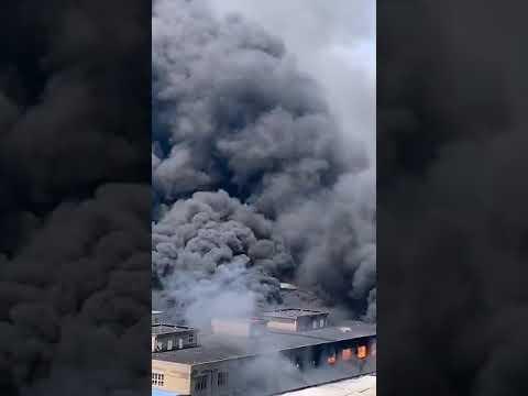 中国局地持续高温 多省发生火灾
