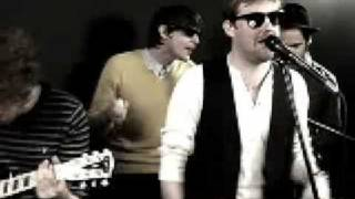 Kaiser Chiefs - Like It Too Much (Rolling Stone - Smoking Section)