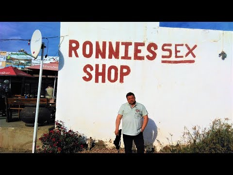 2017 06 Südafrika Garden Route & Dubai, 5 von 10, Route 62, Ronnies Sex Shop, Stellenbosch, Kapstadt
