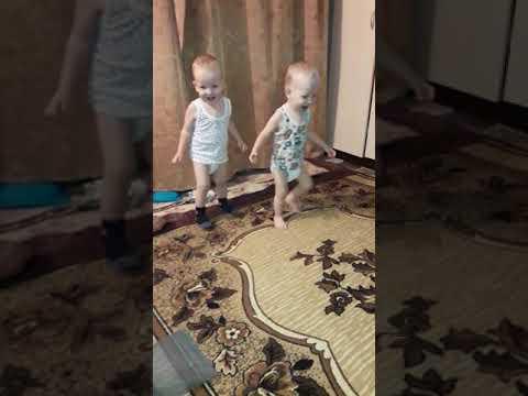 #тритатушечки #близнецы #деткиконфетки #малышарики
