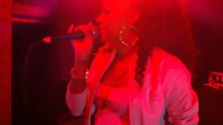 [HD] Ms. Dynamite - Dy-na-mi-tee [live 720p]