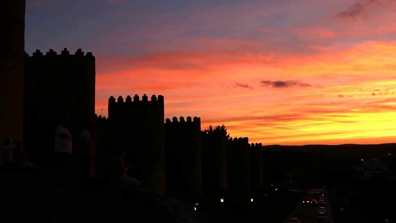 Atardecer en la Muralla de Ávila - YouTube