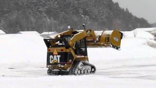 Cat 257 Plowing