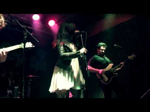 'Have Love, Will Travel' (Live) Soraia @...