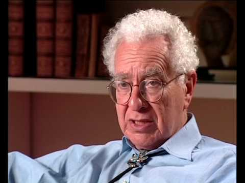 Murray Gell-Mann - Testing superstring theory (156/200)