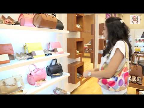 Naturalizer Dubai footwear & handbags are stylish & comfy